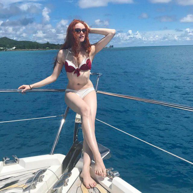 Arielle on board redhead whiteskin model
