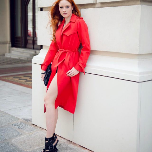 Lady in red ladyinred trenchcoat rainymood ootdstyle blackandred backhome endofsummerhellip